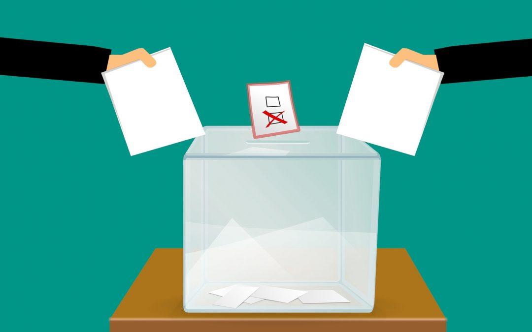 Przedwyborcze manipulacje medialne